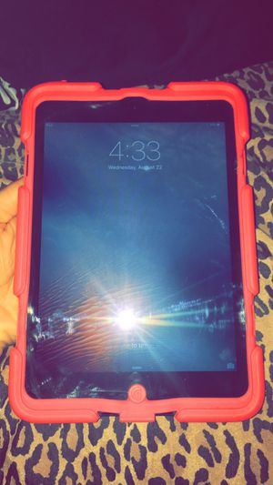 iPad mini (case included) for Sale in Houston, TX
