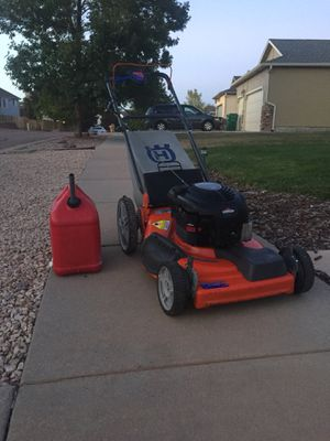 HASKBARNA SELF PROPELLED 6.75 horse power high performance high wheeler start right right up 3 in 1 combo mulch bag and side discharge for Sale in Colorado Springs, CO