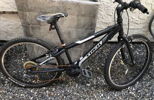 Trek mountain bike small for Sale in Los Angeles, CA