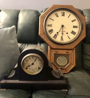 (2) Antique Clocks Wall and Mantle Seth Thomas and Sessions for Sale in Richmond Heights, OH