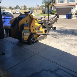 Mini skid steer for Sale in Fresno, CA