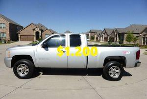 🔑🔑URGENT For sale 🔑🔑2011 Chevrolet Silverado🔑🔑 Truck is really clean 🔑Price$1.200🔑🔑 for Sale in Miami, FL