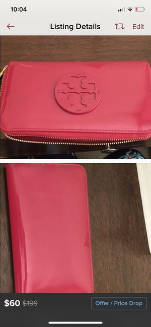 Gently used Tory Burch wallet for Sale in Lawrenceville, GA