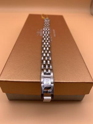Invicta - Men's Stainless Steel Bracelet for Sale in Hicksville, NY