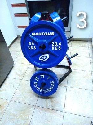 Set of Weights with a weight tree for Sale in Chula Vista, CA