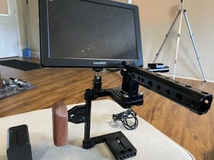 Camvate Camera cage and Lilliput 4K 8inch field monitor for Sale in Laurel, MD