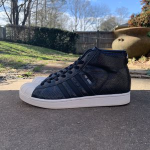 Adidas Pro Model Snakeskin for Sale in Marietta, GA