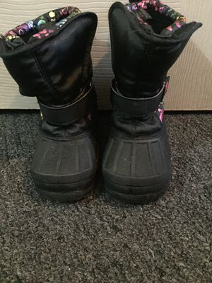 Toddler girl snow boots for Sale in Philadelphia, PA