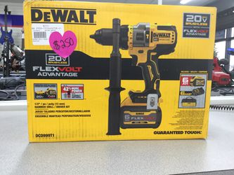 Dewalt 20V flexvolt advantage $250 BRAND NEW for Sale in Kansas City,  MO