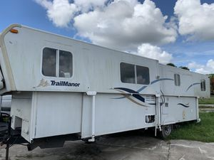 Trailmanor 2007 popup camper tow behind for Sale in Orlando, FL