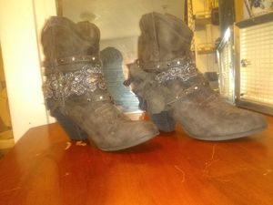 Sized 10 ladies metallic Paisley design leather boots for Sale in Salt Lake City, UT