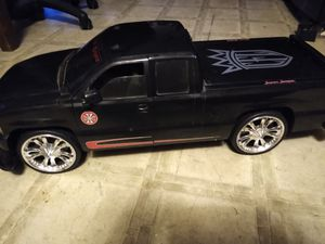 West coast customs Jesse James edition remote control truck for Sale in Hutchinson, KS