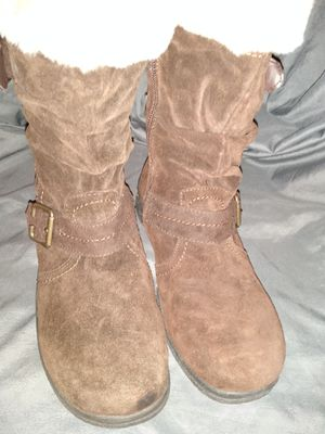 Brown suede zip up boots with faux fur size 8 by Earth Spirit for Sale in Lutz, FL