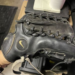 Nike Pro Gold Tradition 11.75 Baseball Glove for Sale in Norwalk, CA