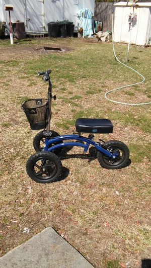 All Terrain knee rover Good condition costs 400 new asking 200 or bo for Sale in Dracut, MA