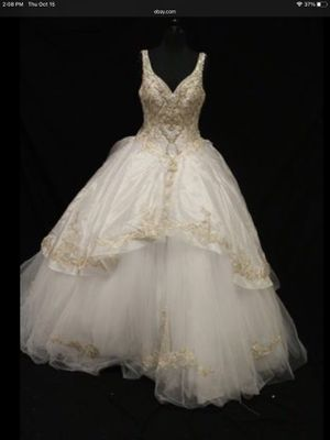 Ariana Vara Quinceanera Dress Gown for Sale in Rosedale, MD