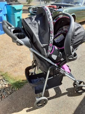 EvenFlo car seat stroller combo for Sale in Vancouver, WA