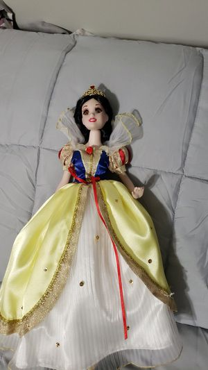 Snow White porcelain doll for Sale in Knightdale, NC