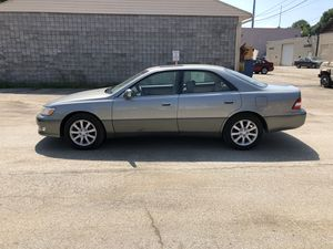 2000 Lexus es300 for Sale in Pittsburgh, PA