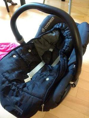 Maxi Cosi Cabriofix infant car seat for Sale in Boston, MA