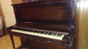 Piano for Sale in Larto, LA