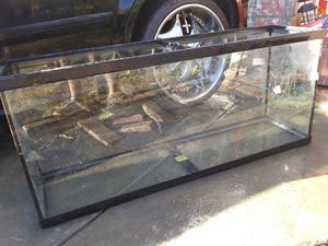 55 gallon fish tank for Sale in San Bernardino, CA