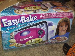 It is a easy bake oven for Sale in West Monroe, LA