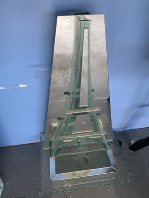 Eiffel Tower water fountain for Sale in Humble, TX