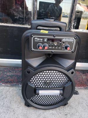 Bluetooth karaoke speaker/Bosnia Halloween special $35 for Sale in Fontana, CA