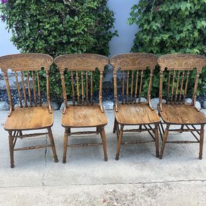 4 wood chairs for Sale in San Diego, CA