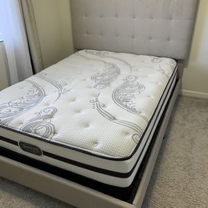 Mattress And Foundation Queen for Sale in Vancouver, WA