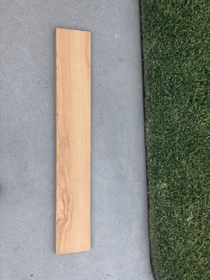 Almost free Maple laminate wood 900 sq ft for Sale in Long Beach, CA