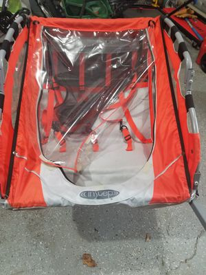 In step Bike trailer (Double Seat) for Sale in North Royalton, OH