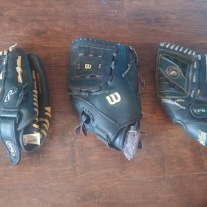 Softball Gloves for Sale in Victorville, CA