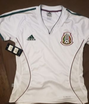 Soccer shirt for Sale in Bolingbrook, IL