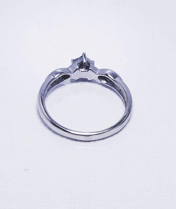 10k white gold princess cut diamond engagement ring
