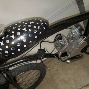 Rare Motor Bike 80cc Louis Vuitton 26 Inch for Sale in Fontana, CA