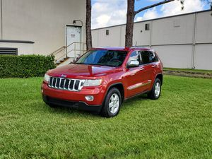 2011 jeep grand Cherokee laredo for Sale in Orlando, FL