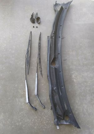 Integra windshield wipers and lower cover trim for Sale in San Bernardino, CA