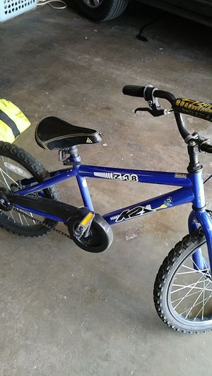 Kids bike for ages 7 and down for Sale in Denver, CO