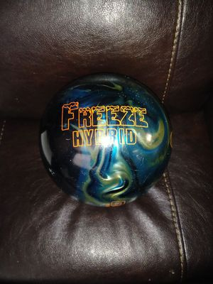 15lbs bowling ball for Sale in Avon Park, FL