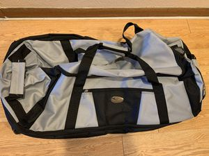 Luggage/ Gym Duffle Roller Bag Brand New for Sale in Mesa, AZ