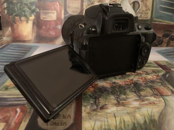 Nikon D5200 DSLR Camera w/ 18-105mm Lens