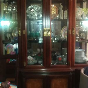 Antique China cabinet 2 pieces for Sale in Baltimore, MD