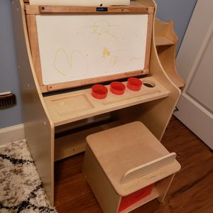 Toddler Activity Desk for Sale in Hanover Park, IL
