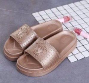 Women's flip flops ✨‼️ for Sale in Manassas, VA