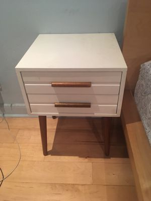 Modern Bedside Table for Sale in San Diego, CA