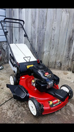 """Toro Recycler 22"""" Inch Self Propelled Lawnmower W/Bag for Sale in Aurora, IL"""