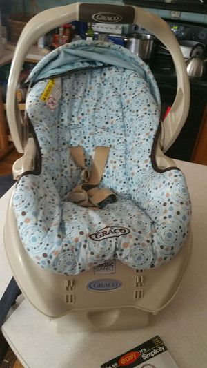 Graco Classic Connect car seat for Sale in Littleton, CO