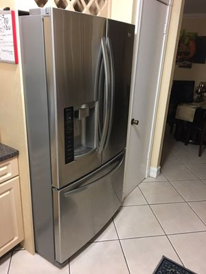 "LG Fridge 36"" for Sale in Miami, FL"